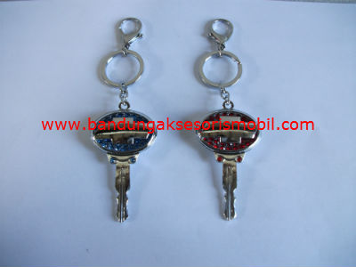 Gantungan Kunci Berlian Model Kunci Chevrolet