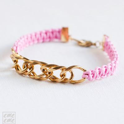 Bisuteria,jewelry,etsy,pulsera,bracelet,cordon algodon,cotton cord,macrame,nudo,knot,rosa,pink,cadena,dorado,gold, chain
