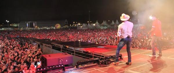 Country Festival Curitiba 2015 programação shows cantores