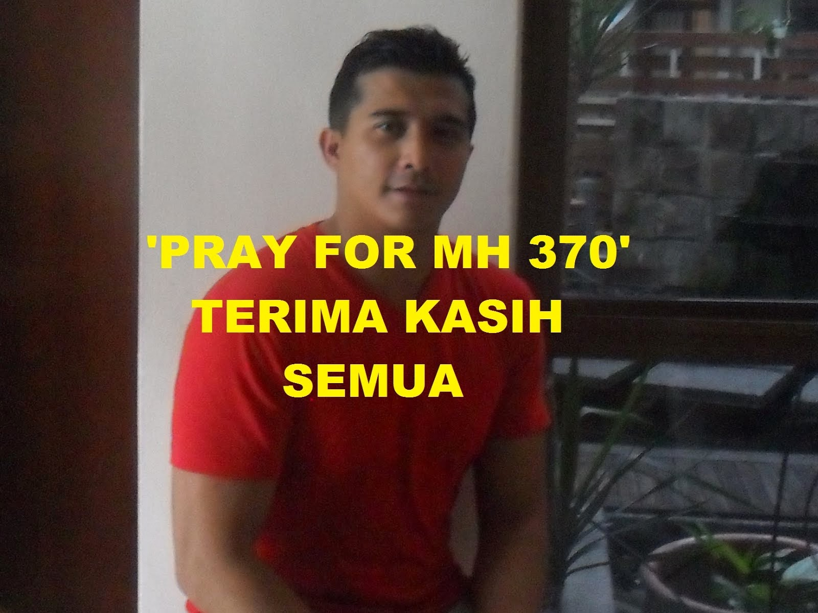 'PARY FOR MH 370'