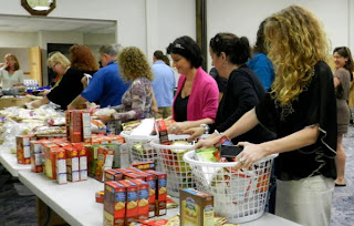Donate or volunteer and help feed a New York family this Thanksgiving