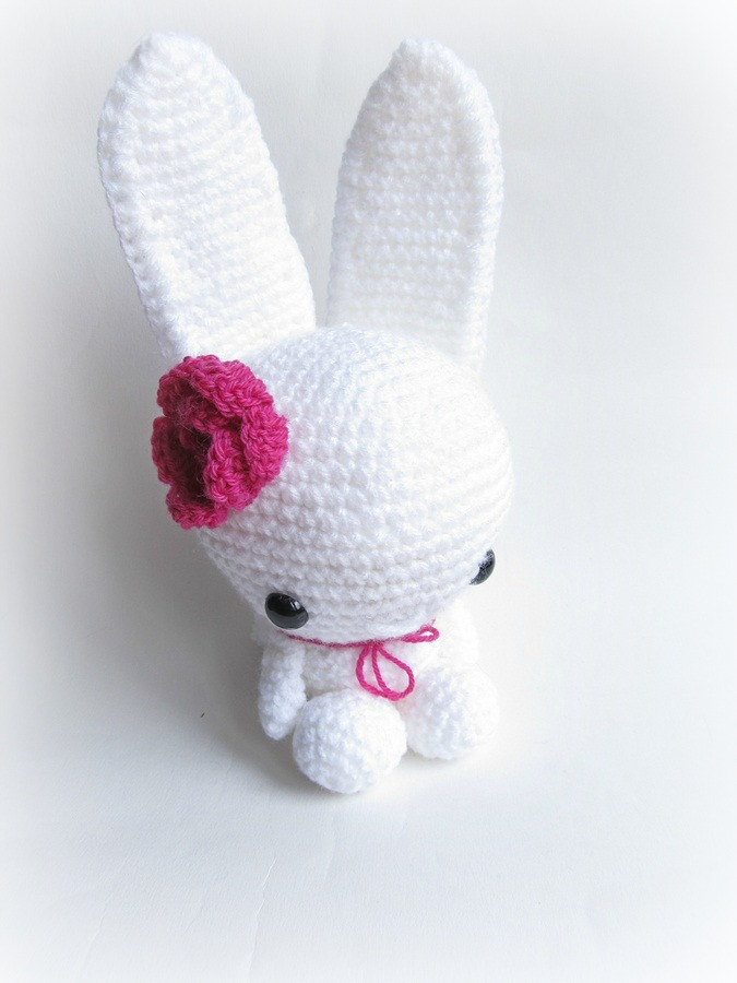 Amigurumi To Go Easter Egg Bunny : {White Amigurumi Bunny} - Little Things Blogged