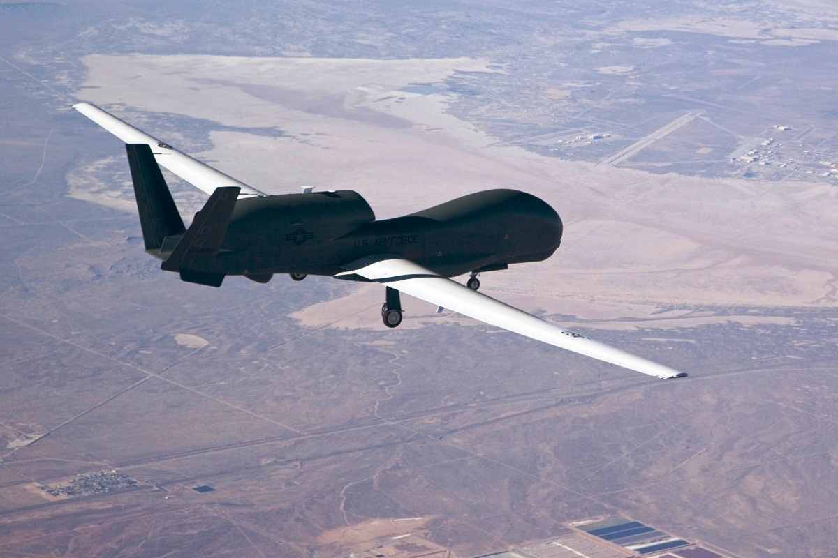 RQ-4 Global Hawk Pesawat UAV 1