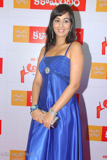 http://2.bp.blogspot.com/-KsJ1NLYeSHY/TV4ycoRr84I/AAAAAAAAJH0/1HiTyyZO_pM/s320/sakshi-gulati-new-hot-photos-006.jpg