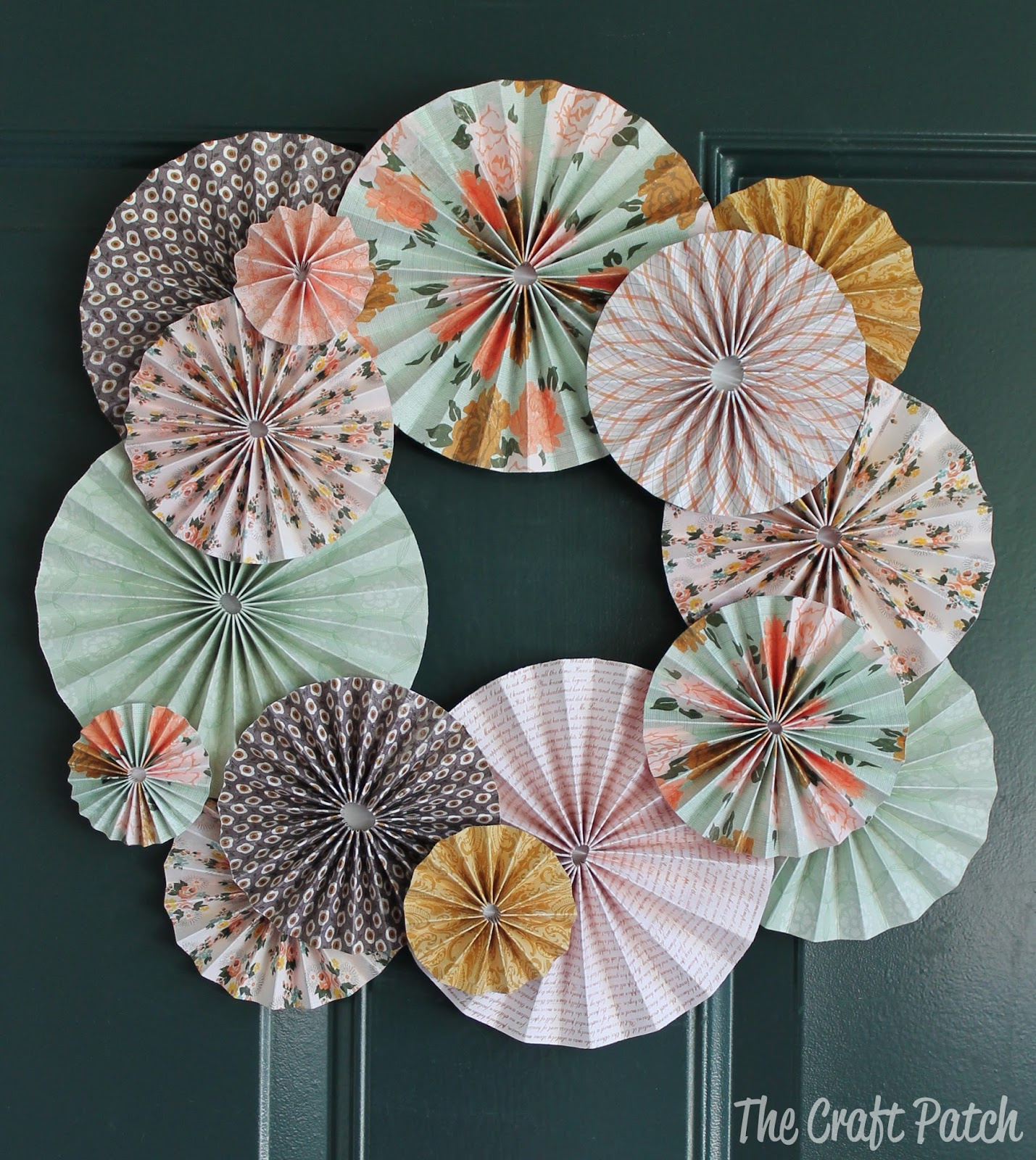 Accordion Fold Paper Wreath Thecraftpatchblog