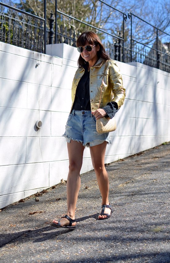 How to wear metallic jackets