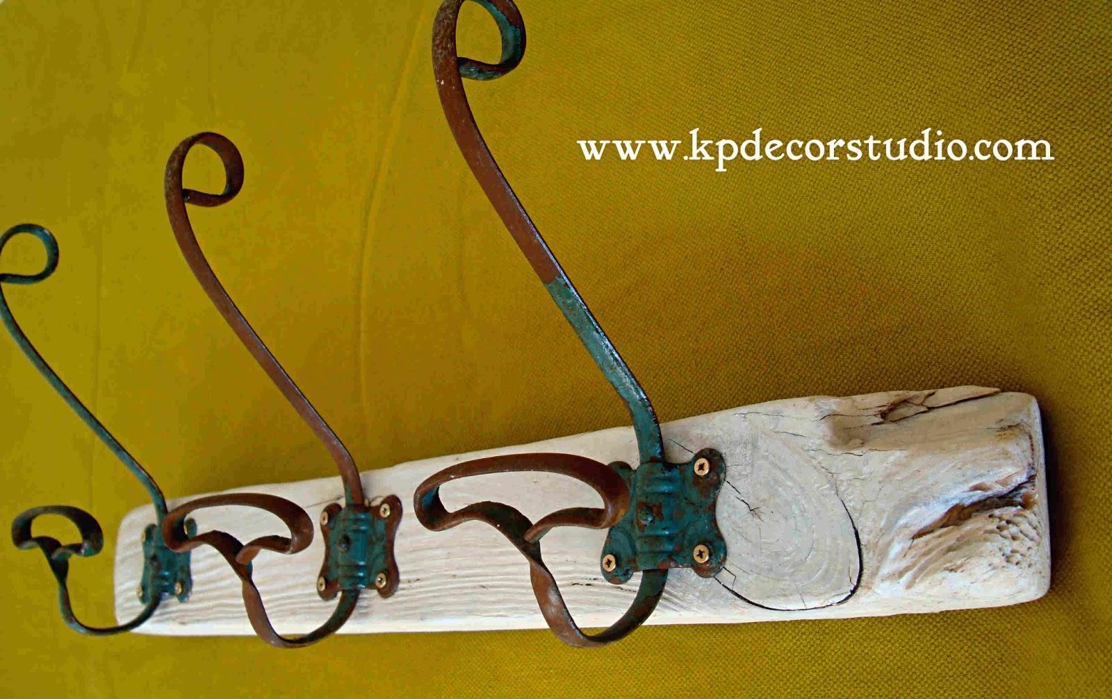 Kp tienda vintage online perchero artesanal de madera con - Perchas de madera blancas ...