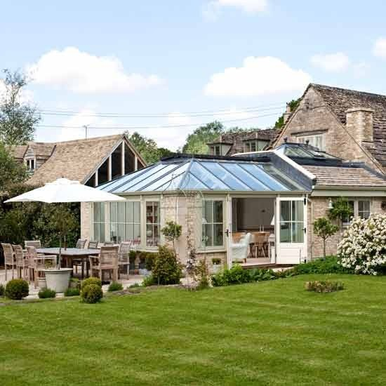 New home interior design take a look around this vintage for Cotswold cottage house plans