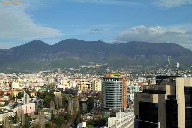 Tirana, Capital e maior cidade da Albânia