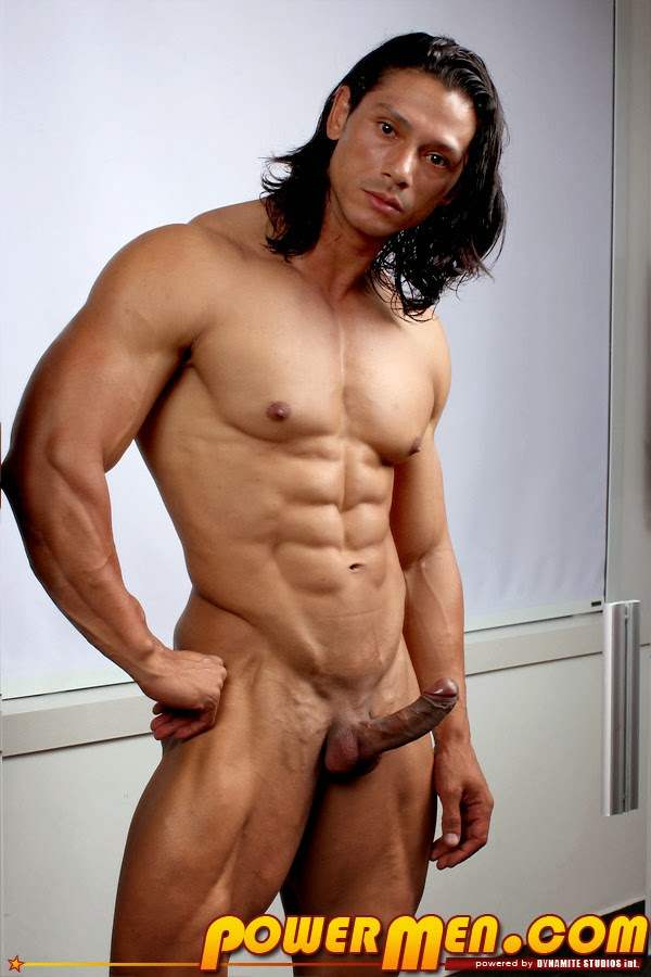 Smooth Muscles College Hunk