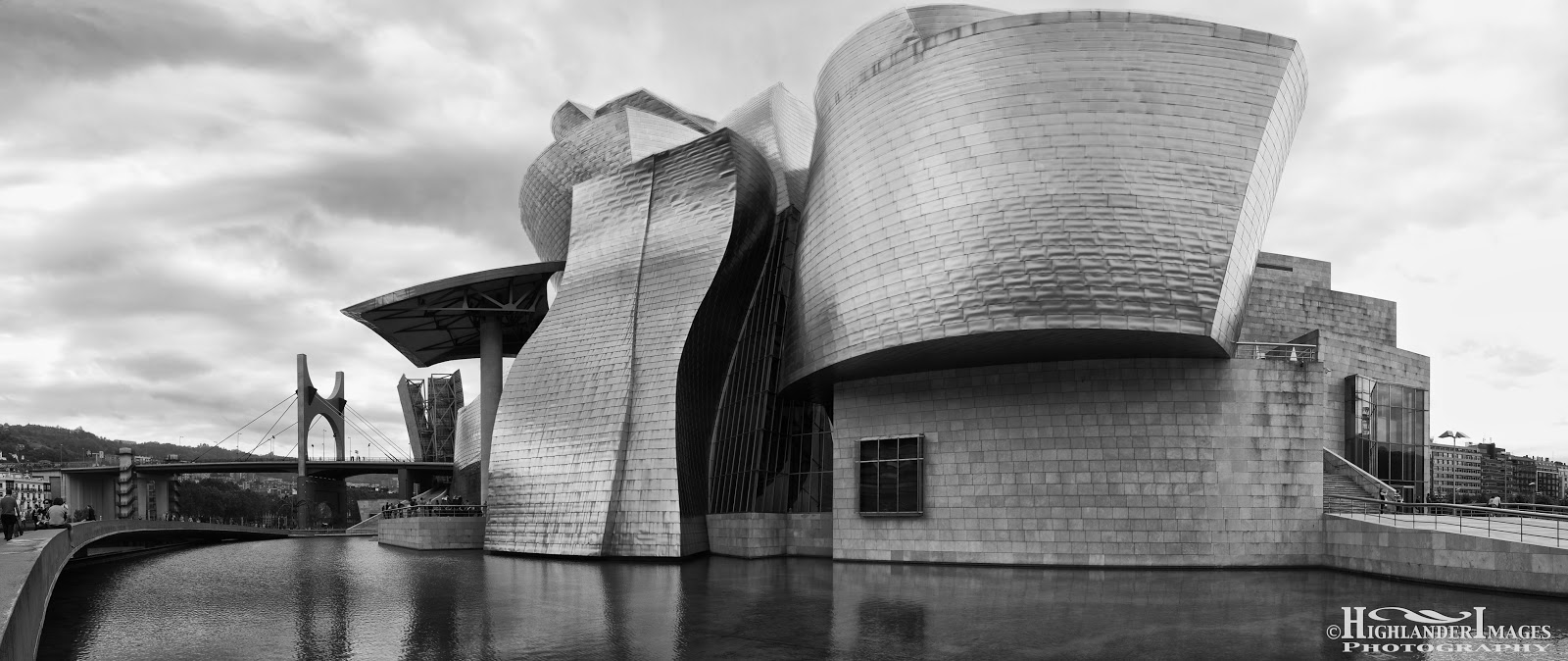 A Blogography of Photography: Guggenheim Museum Bilbao