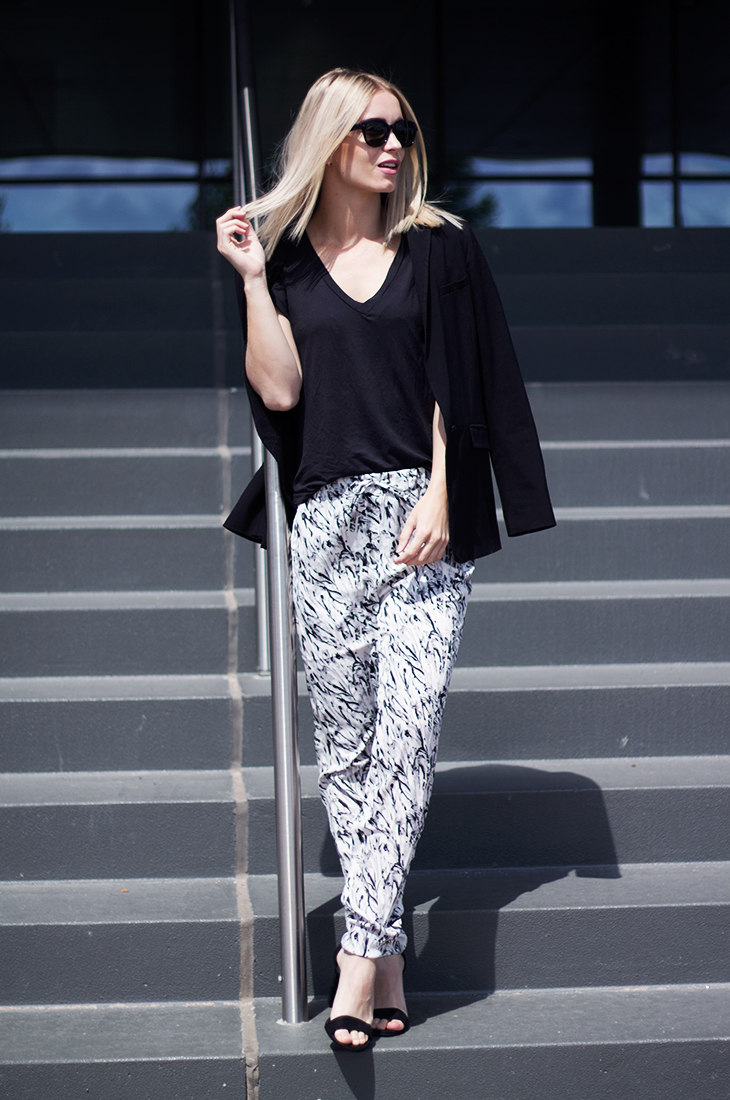 Fashion Attacks outfit ootd IvyRevel Waldorf Marble pants