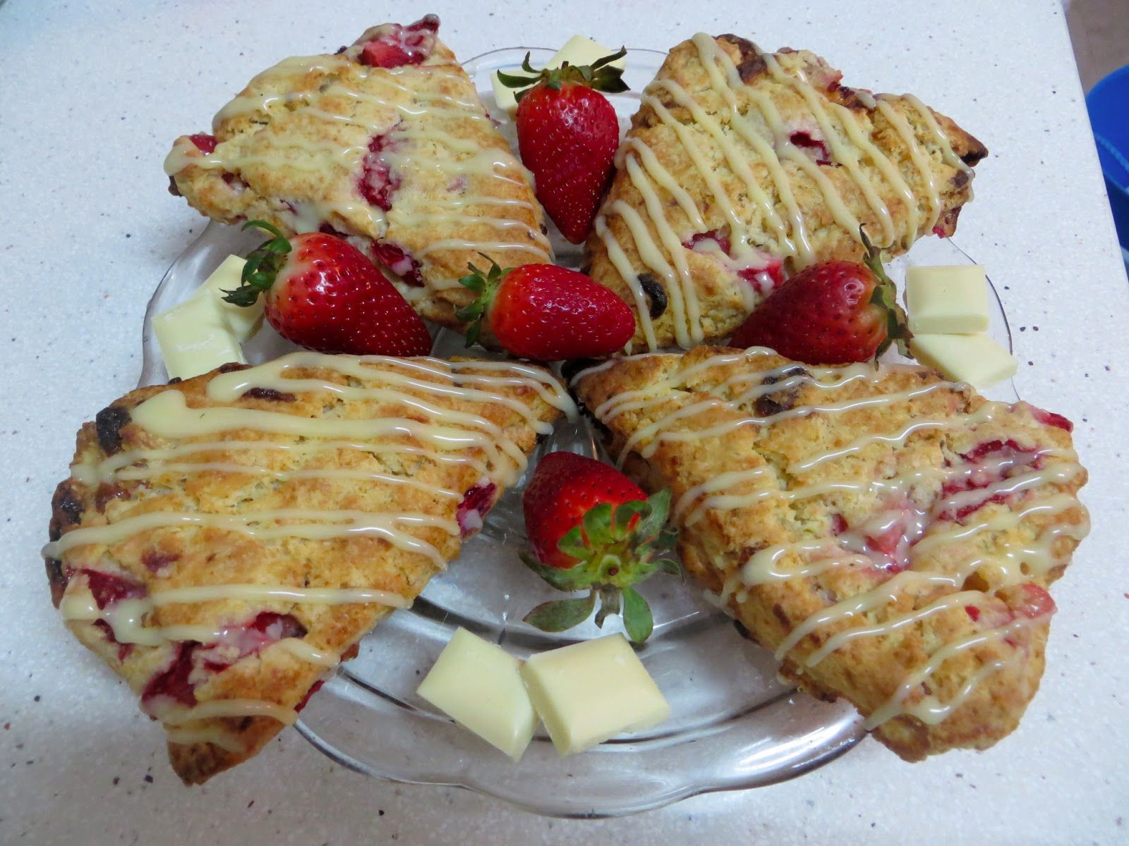 Sweet Cinnamon & Honey: Strawberry & White Chocolate Scones