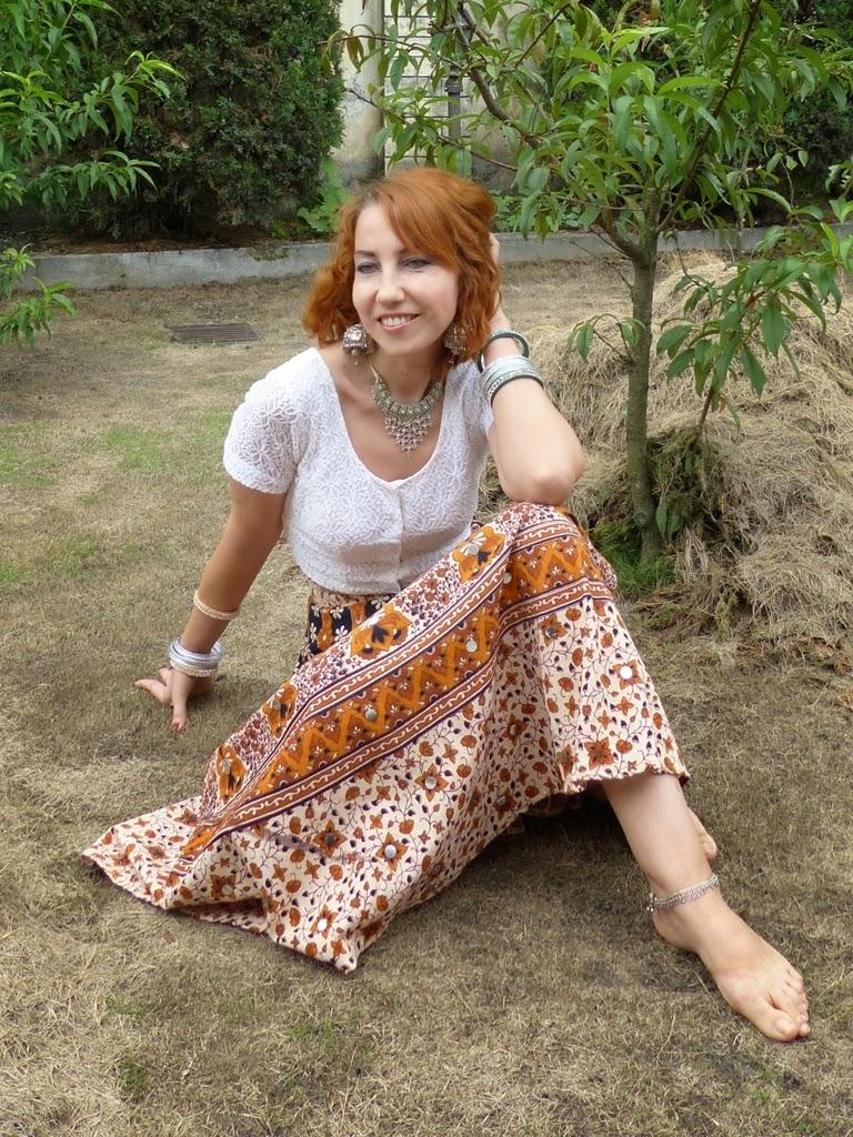 Indian tribal print skirt, choli, tribal jewelry