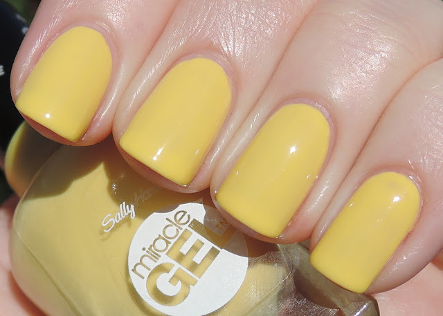 Sally Hansen Morning Sunshine!