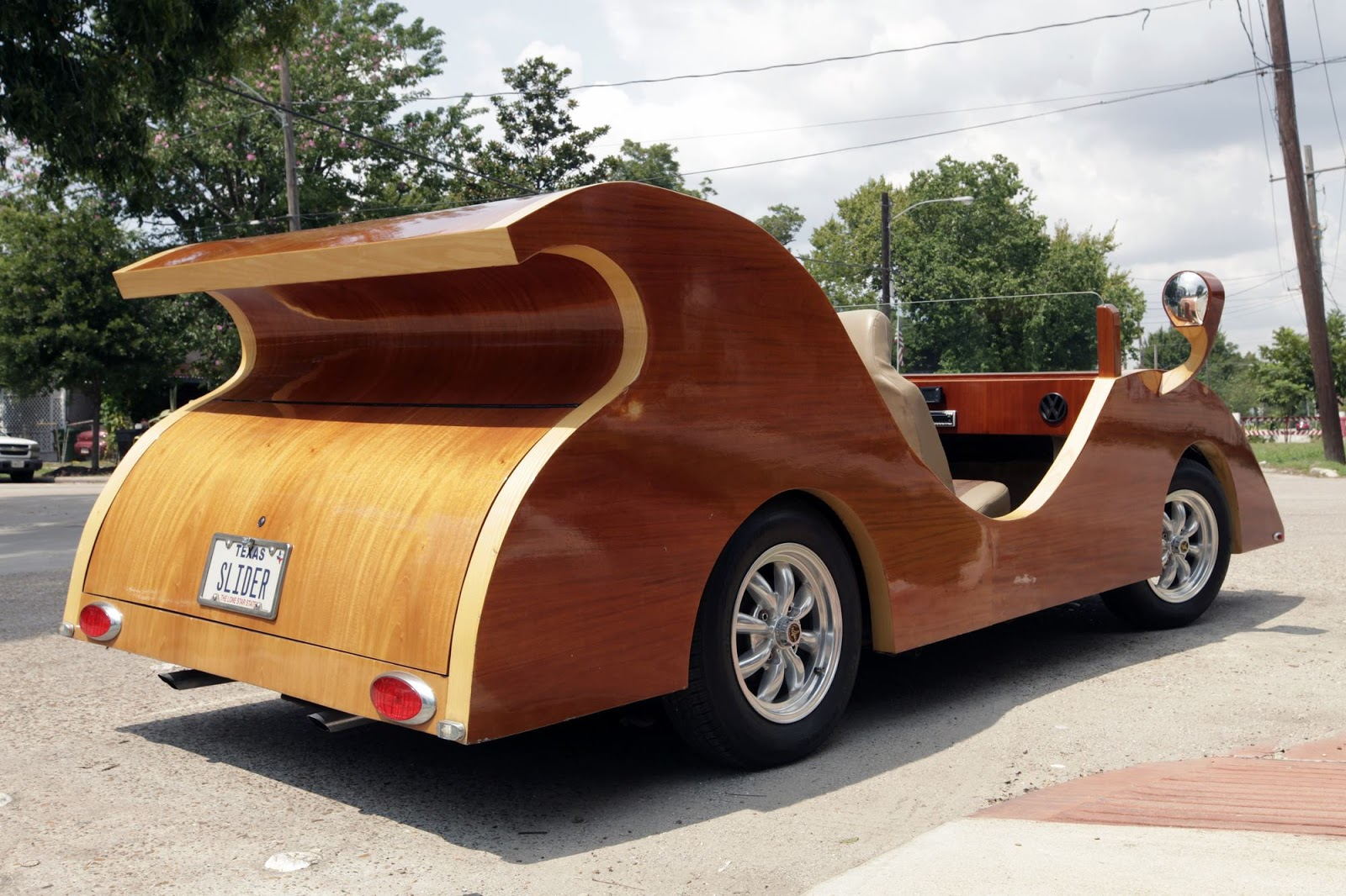 A Car Made Out Of Wood And Nicknamed Splinter Its Debut This September 2017