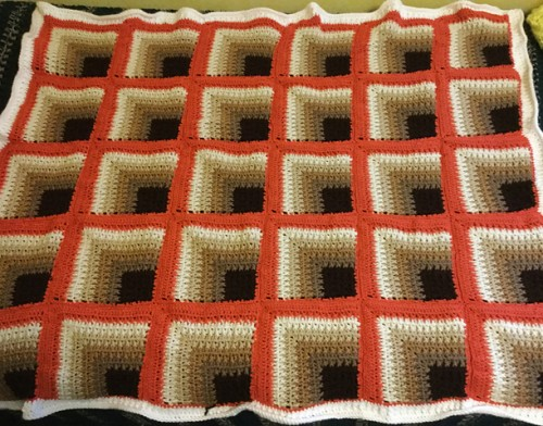 Rich Mitered Square Thow - Free Pattern
