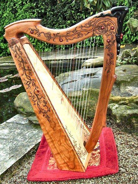 Arpe e strumenti Antichi di Paola Brancato
