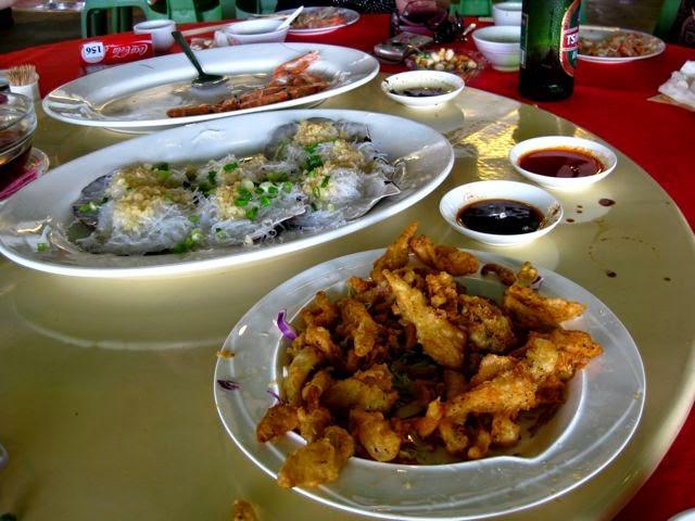 Райский остров Ламма (Гонконг) и Rainbow Seafood Restaurant, кальмары с перцем
