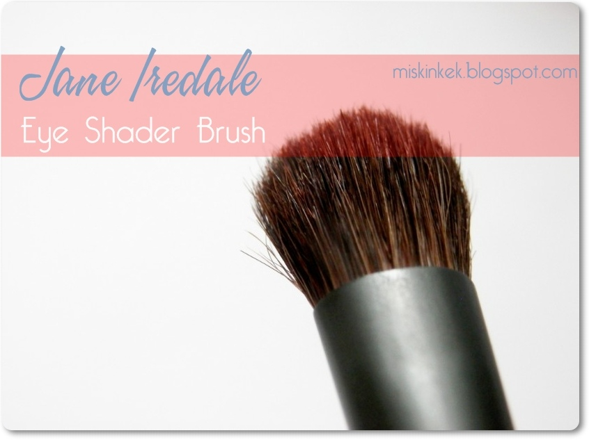 makyaj-fircasi-jane-iredale-eye-shader-brush