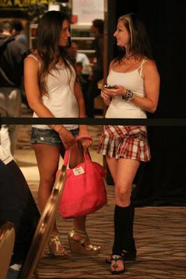 sexy poker women 640 14 [Gambar] Pemain Poker Wanita Yang Cantik Dan Seksi