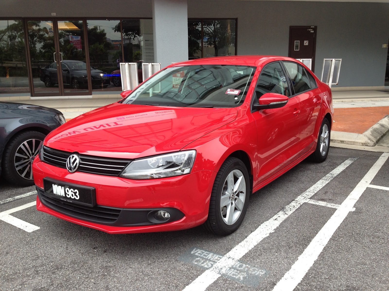 The Volkswagen Jetta A Price Class Above Kensomuse Sonic 150r Honda Racing Red Solo