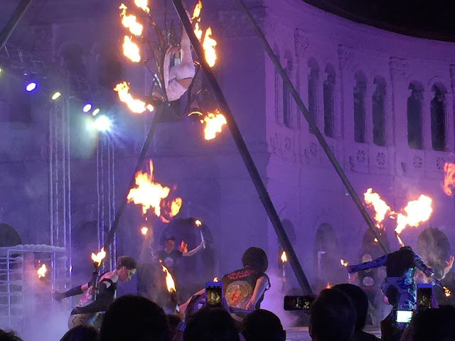 2015 Singapore Night Festival - Starlight Alchemy Performance