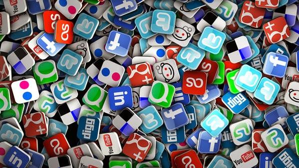 Gestire i social newtork tre giorni a settimana [INFOGRAFICA]
