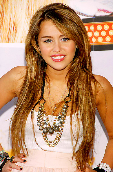 Miley Cyrus Romance Hairstyles Gallery, Long Hairstyle 2013, Hairstyle 2013, New Long Hairstyle 2013, Celebrity Long Romance Hairstyles 2032