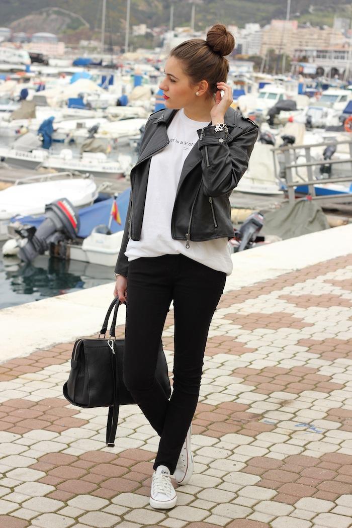streetstyle_look_style_fashion_moda_outfit_blogger_fashionblogger_negro_suiteblanco_black_chaqueta_biker_cuero_angicupcakes08comverse_blancas_angicupcakes08