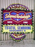 bunga papan pernikahan tangerang