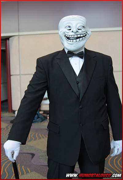 Fantasias criativas para Halloween - Hallowmeme - Meme Troll Face