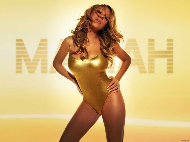 Mariah Carey sexy with swimsuit