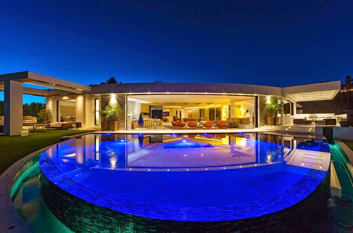 22 Pictures of Minecraft Founder Markus Persson's Mansion
