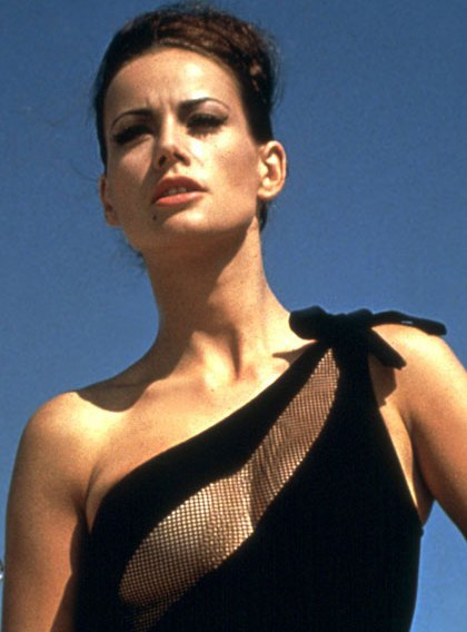 Claudine Auger Video3