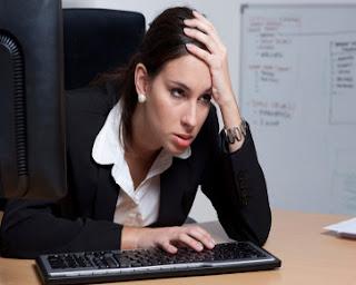 Inilah 7 Tanda Anda Terlihat Lelah Dalam Bekerja