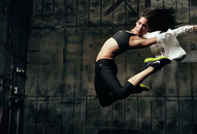 http://2.bp.blogspot.com/-KvS1rdQE504/Tf7jhctDQ8I/AAAAAAAABDs/l44mY-FYeFk/s1600/Sofia-Boutella-Nike-campaign.jpg