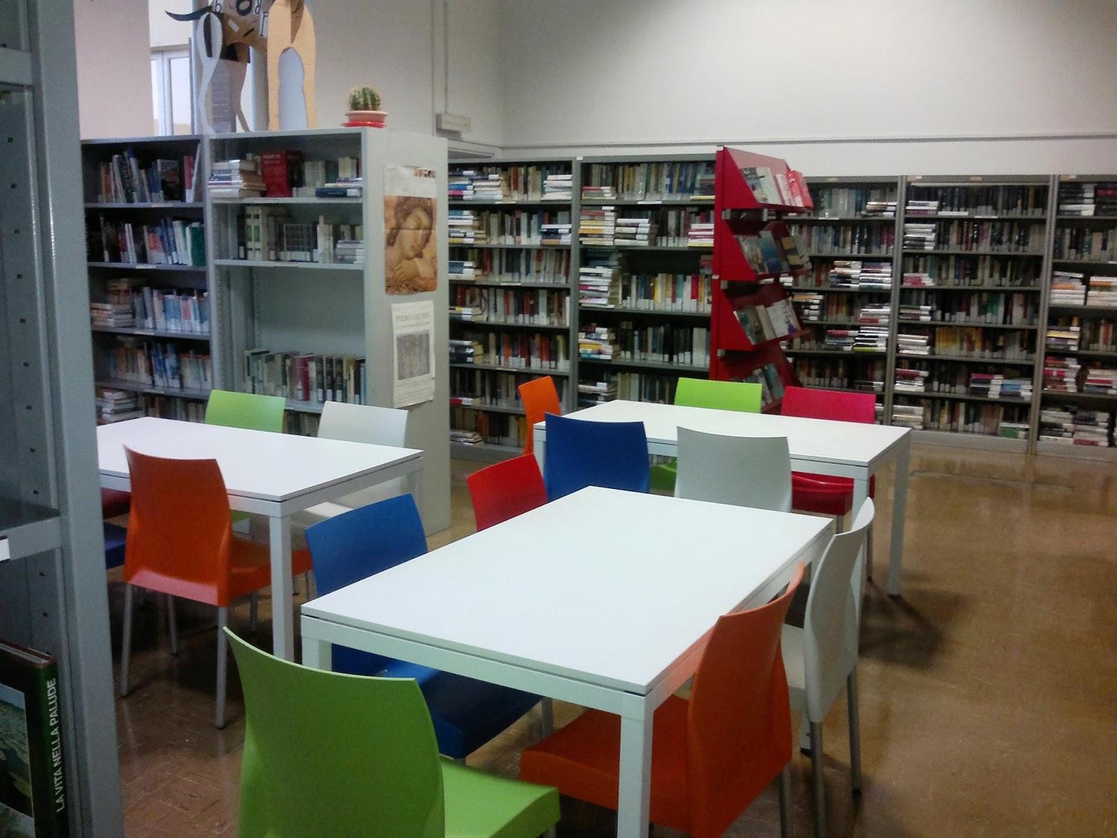 Pro loco pizzighettone nuovi arredi per la biblioteca for Nuovi arredi