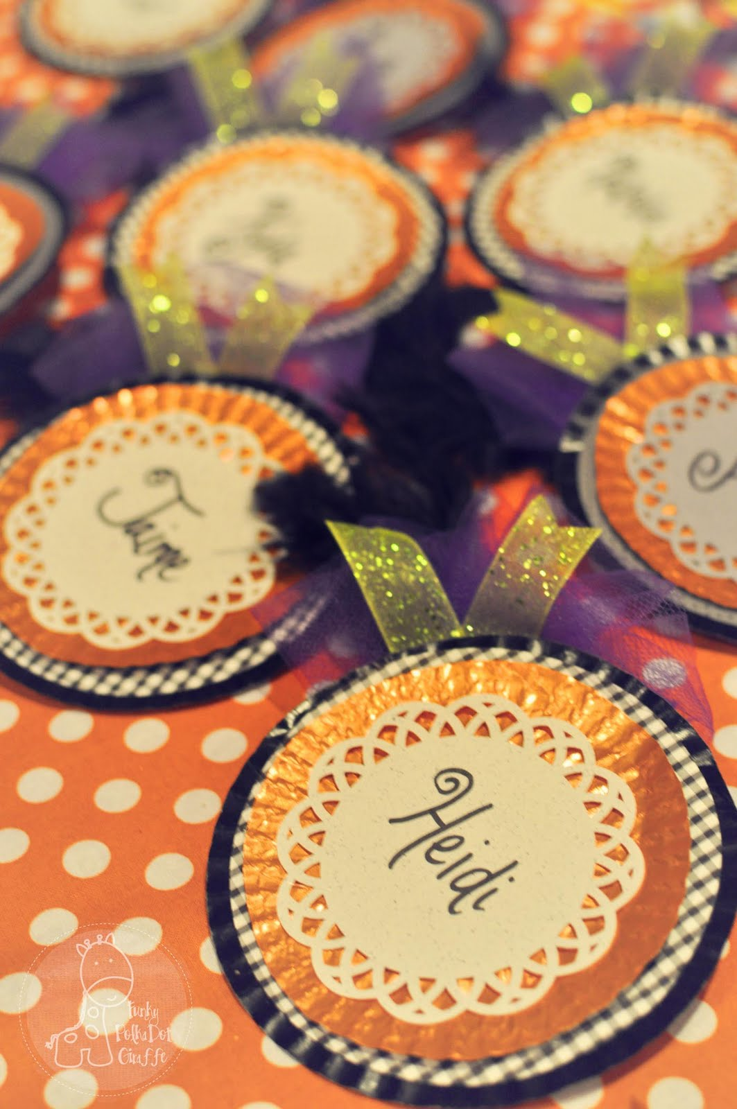 Name tag craft ideas - A Crafty Halloween Party Fancy Shmancy Name Tags