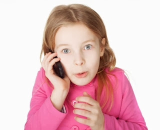Image credit: <a href='http://www.123rf.com/photo_18353987_portrait-of-surprised-little-girl-with-cell-phone-isolated-on-white-background.html'>gladkov / 123RF Stock Photo</a>