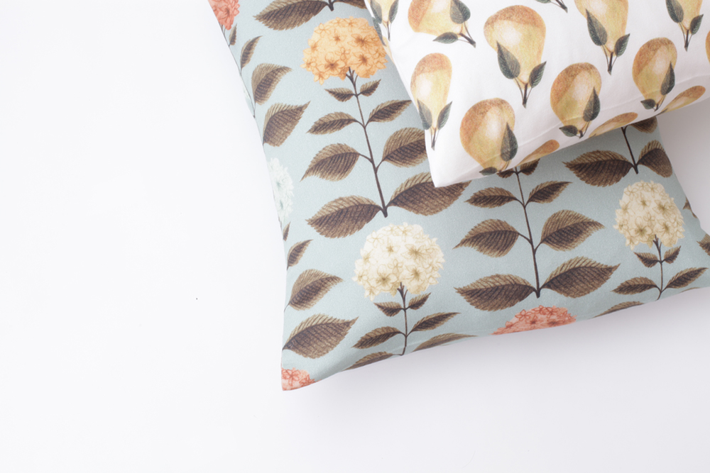 http://www.nadinoo.com/category/homeware-cushions