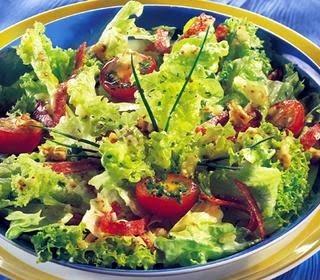 Oktay Usta Salamlı Yeşil Salata Tarifi Salamlı Yeşil Salata Tarifi Yapılışı