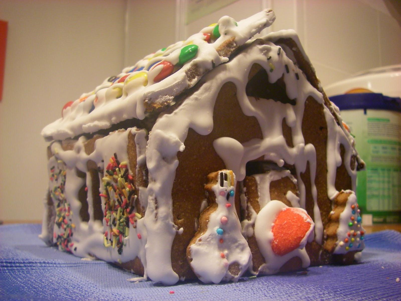 Casetta Di Natale Con Pasta Frolla : In cucina con monica natale e la casetta di pasta frolla dissestata
