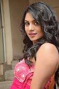 Deepika Das Glam pix in Pink-thumbnail-9