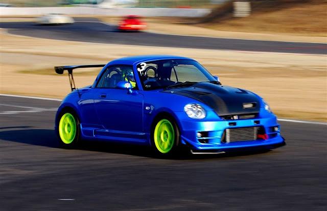 Daihatsu Copen, małe samochody do sportu, ciekawe auta używane w wyścigach, JDM, sport