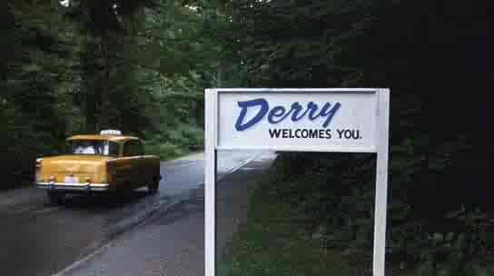 Stephen King -The King of Castle Rock: Derry, Maine: A Town ofderry town