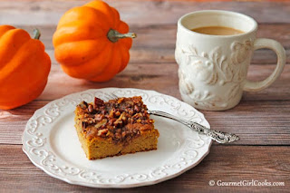 almond-flour-pumpkin-pecan-cake