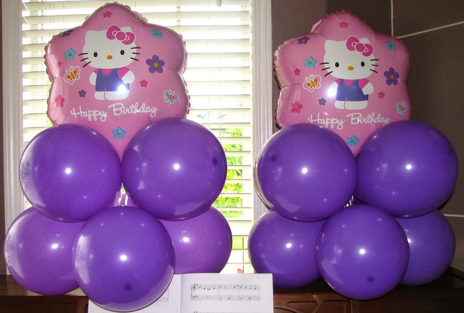 Utopia party decor hello kitty balloons