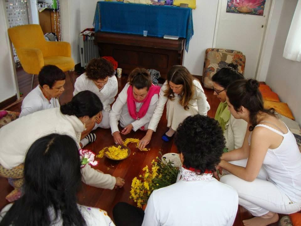 Formación Holística-Xamánica : Guías de Círculos de Mujeres
