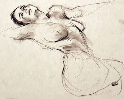 life drawing gesture, charcoal on paper, Shannon Reynolds 2012